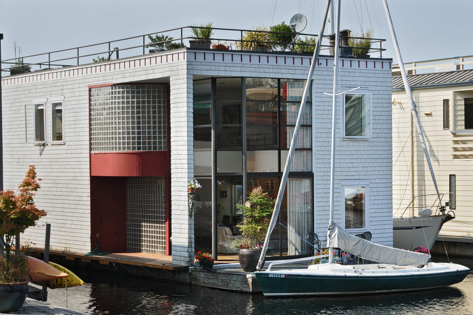 Lake union floating homes - Floating house seattle ...